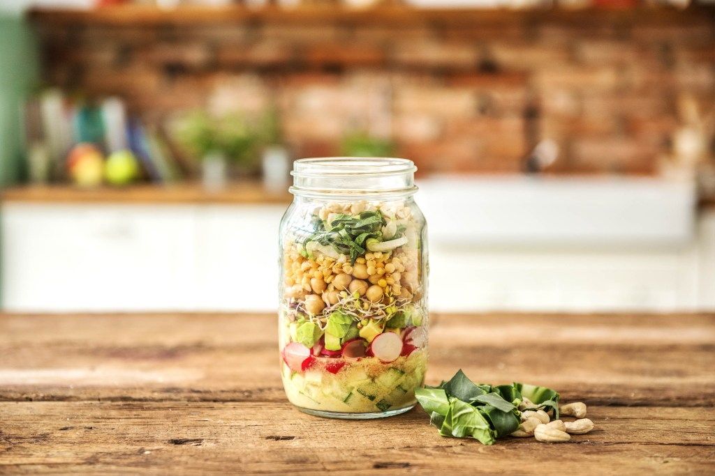 summer salads-recipes-mason-jar-chickpeas-lentils-HelloFresh