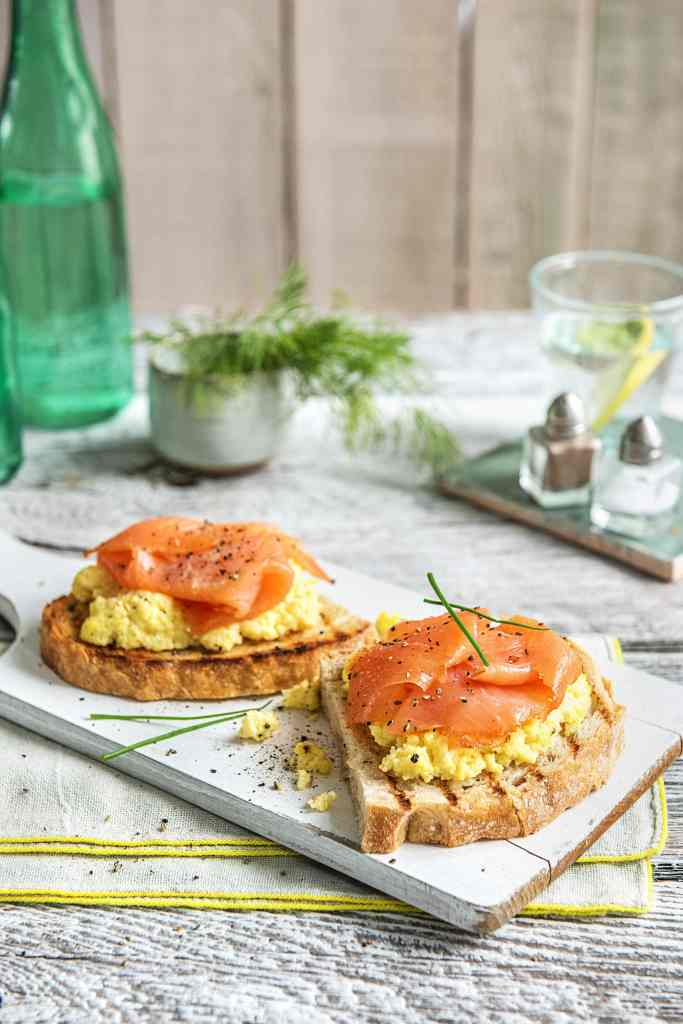 how to serve smoked salmon-toast-scrambled-eggs-breakfast-HelloFresh-recipe