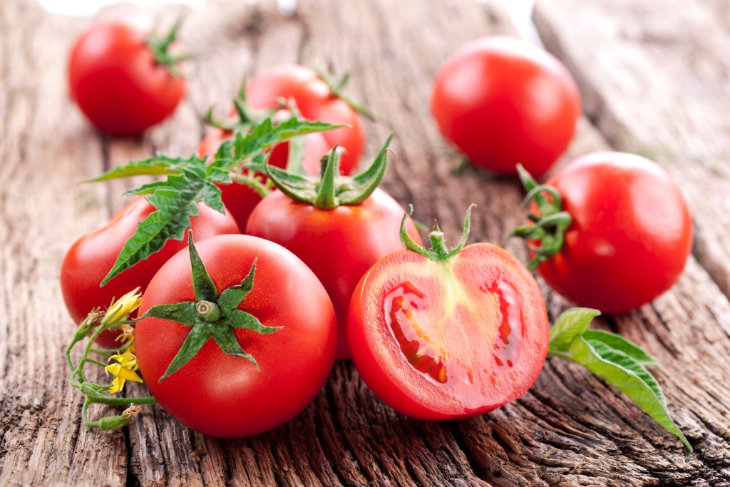 fresh tomato recipes-HelloFresh