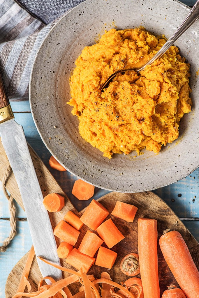 healthy mashed potatoes-veggie-mash-HelloFresh-recipe-carrot-mash