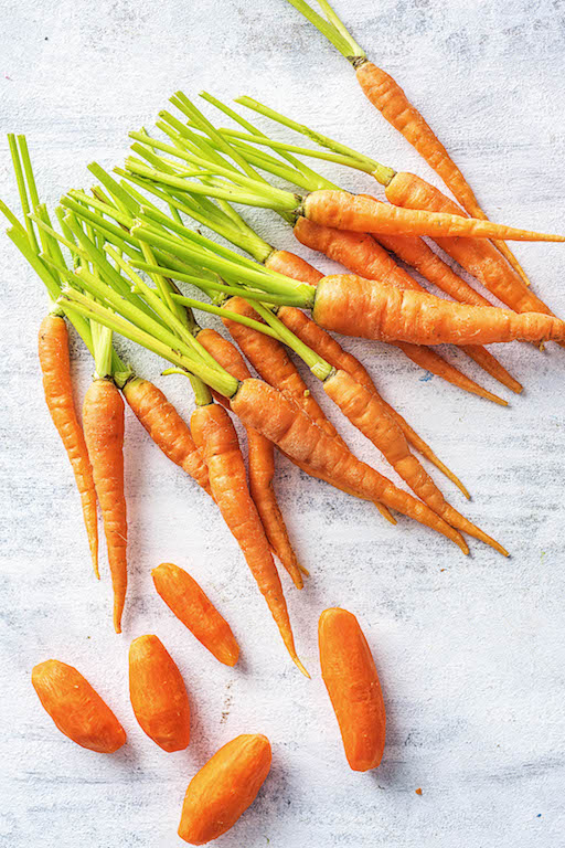 the zodiac signs-HelloFresh-spring-veggies-taurus-carrots