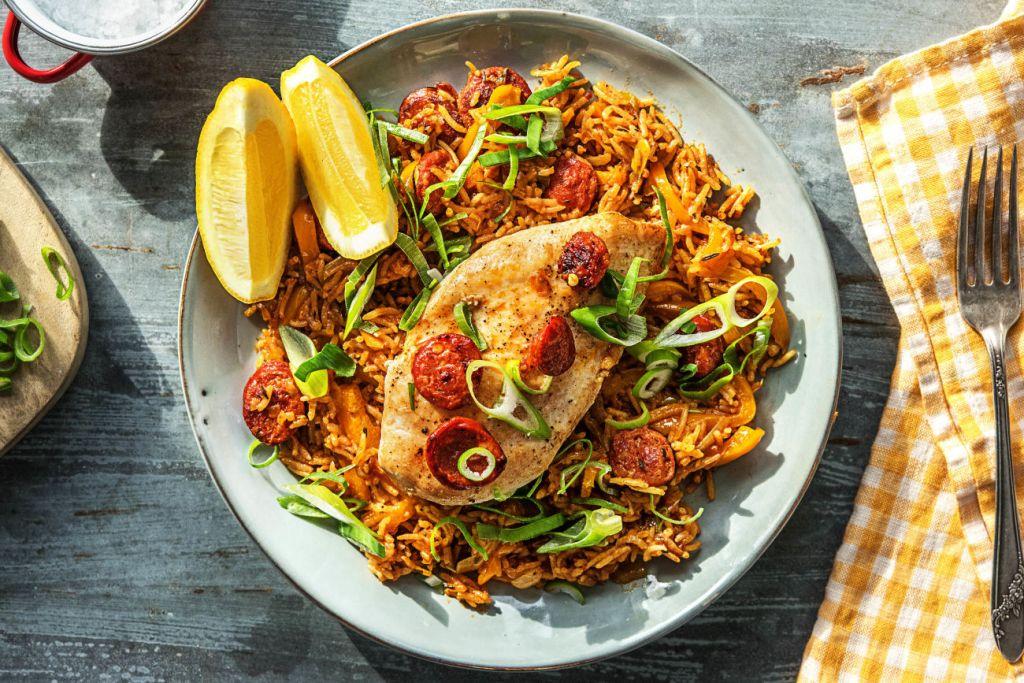 cooking chicken-guide-HelloFresh-spanish-one-pan-chorizo-chicken