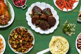 Get Cozy With The HelloFresh Holiday Box