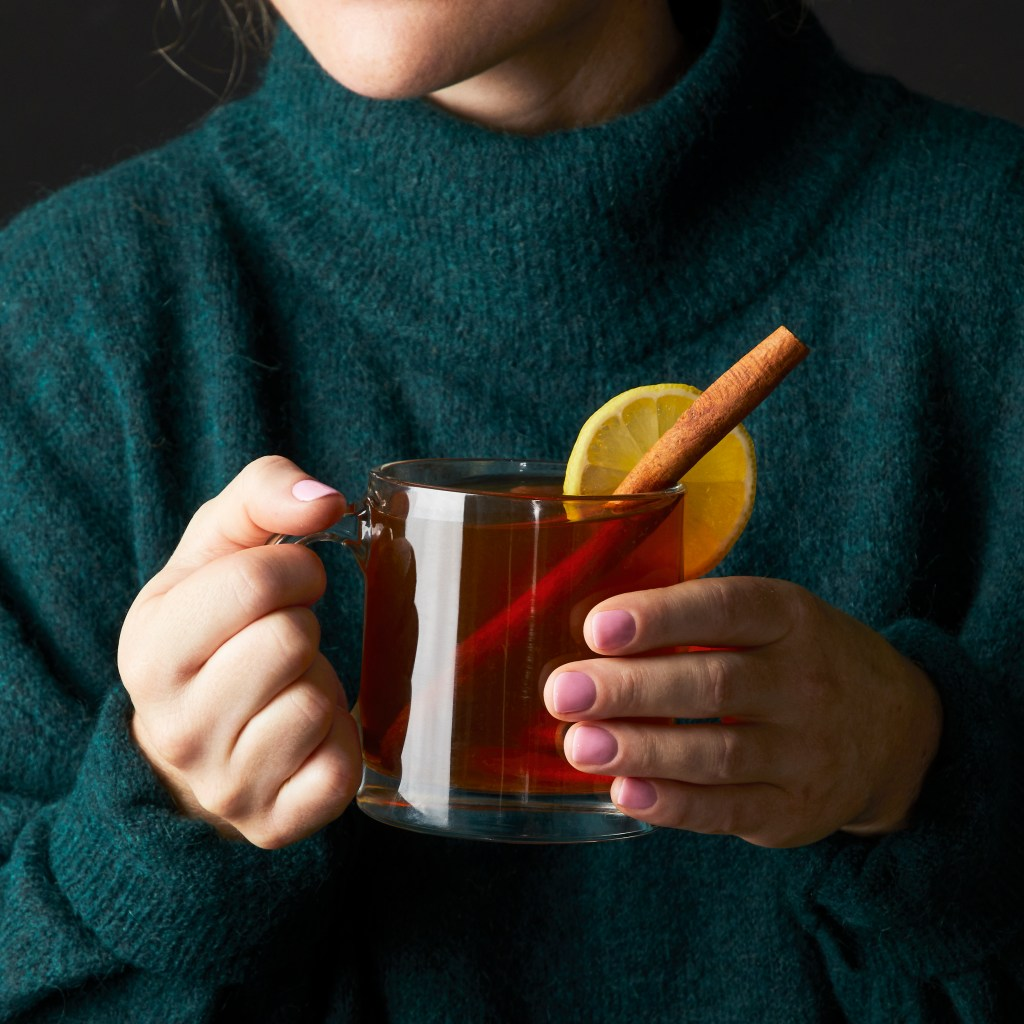 winter cocktails-warm-HelloFresh-earl-grey-hot-toddy