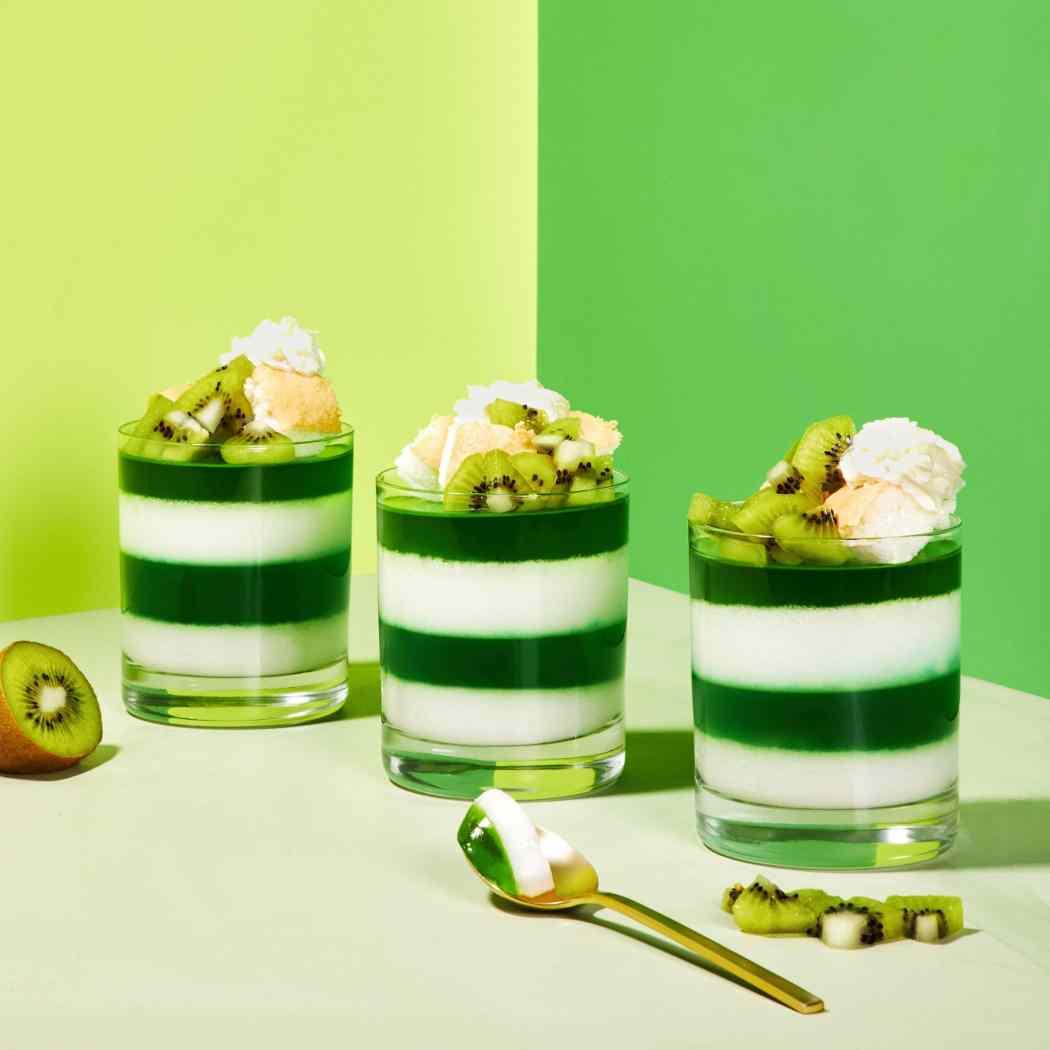 st patricks day green jello parfaits