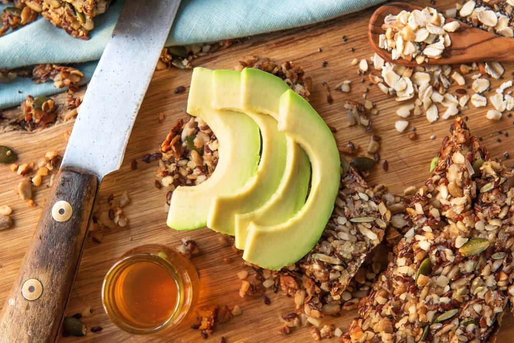 Brot selber backen: Brot mit Avocado