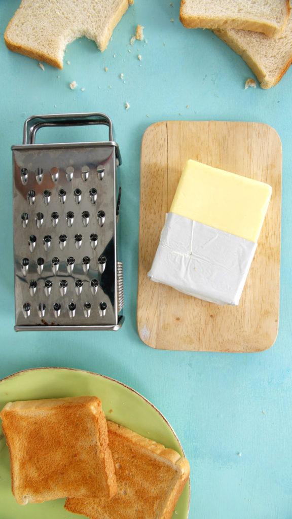 Harte Butter raspelst Du einfach