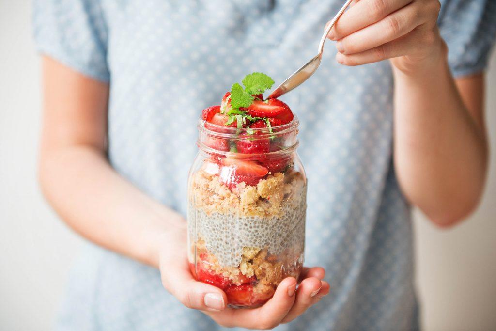 Unsere last minute Rezepte mit Erdbeeren: Chia-Vanille-Pudding