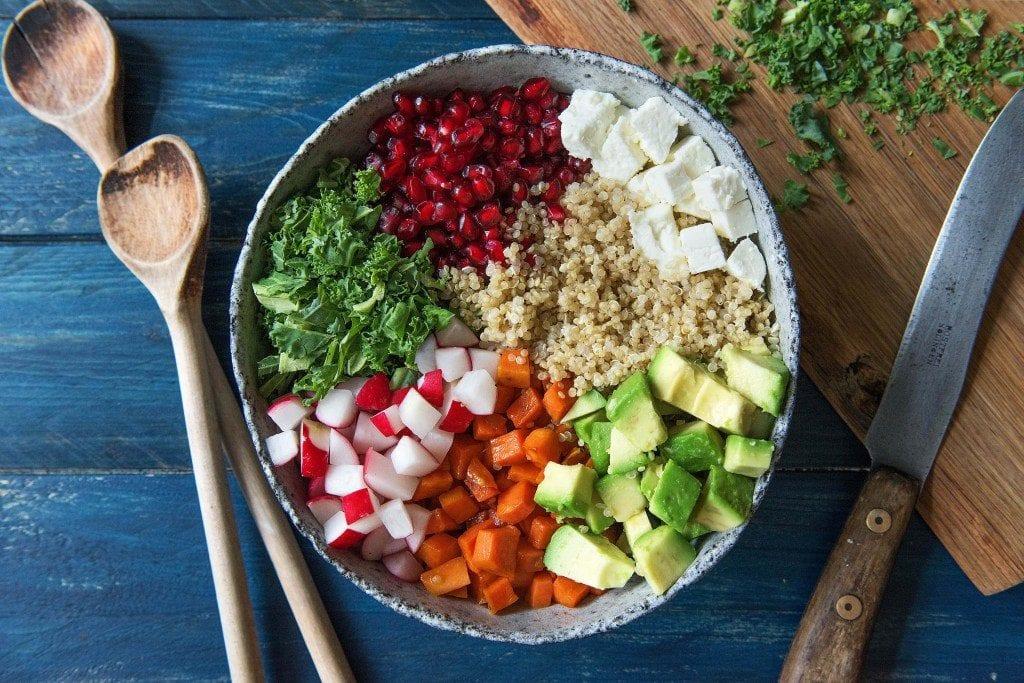 So bunt und gesund: Unser Grünkohlsalat
