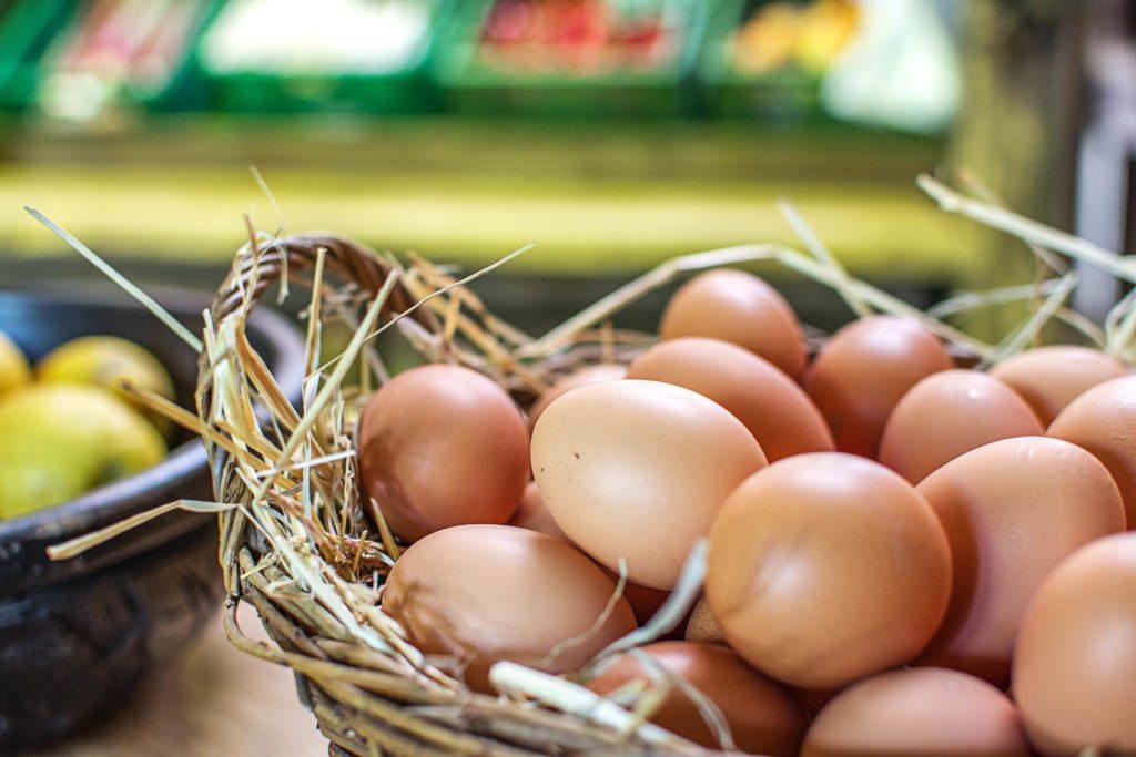 Frisches vom Bauern: frische Eier