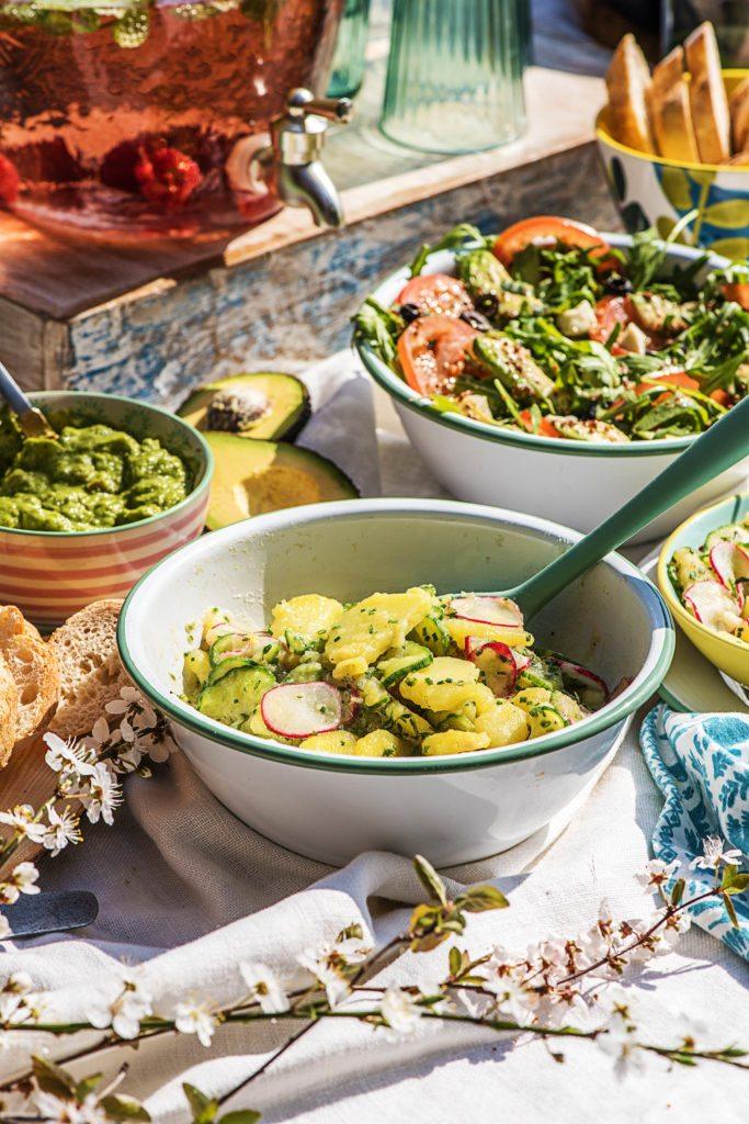 So präsentierst Du unsere Salate zum Grillen gekonnt