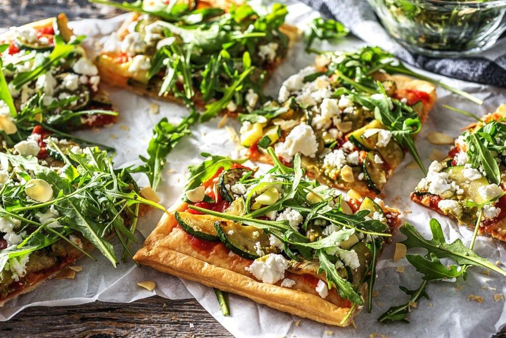Auf einer Pizza macht sich Deine selbstgemachte Tomatensoße besonders gut