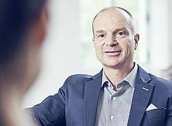 Dr. Thorsten Bracher