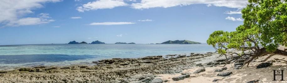 20120714-112421-Fidschi-Mana-Island-Sunset-Beach-Weltreise-_DSC9838-_DSC9841_4_images_pano