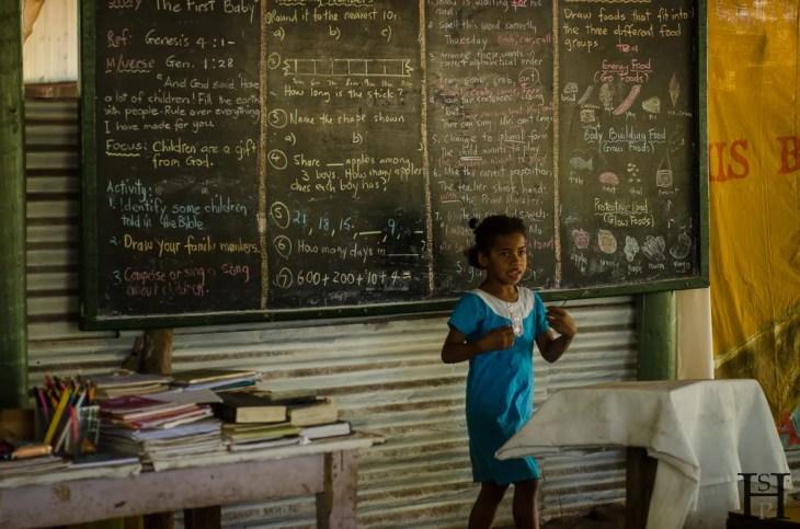 20120724-105753-Fidschi, Mana Island, Schule, Weltreise-_DSC0255