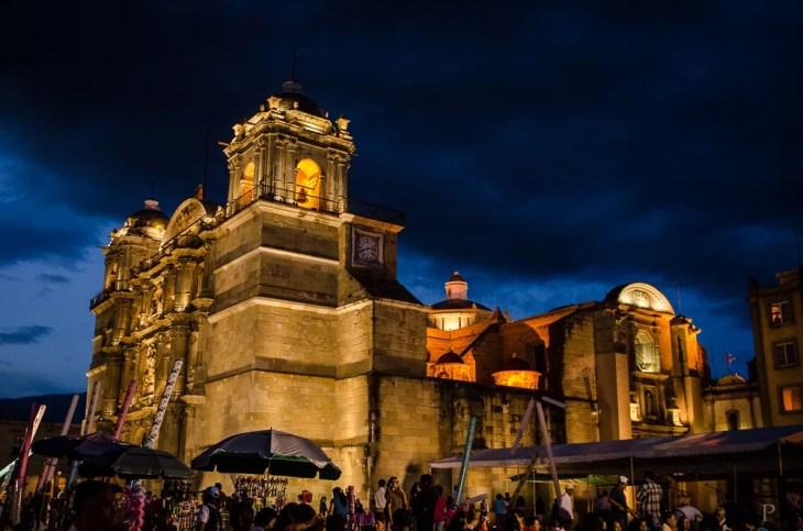 20120801-201942-Kirche, Mexiko, Oaxaca, Weltreise, Zócalo-_DSC0566