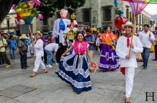 20120802-173917-Mexiko, Oaxaca, Umzug, Weltreise, Zócalo-_DSC0671