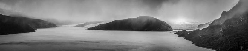 20121108-144514-Chile-Nationalpark-Patagonien-Torres-del-Paine-Trekking-Weltreise-_DSC0120-_DSC0125_6_images_pano