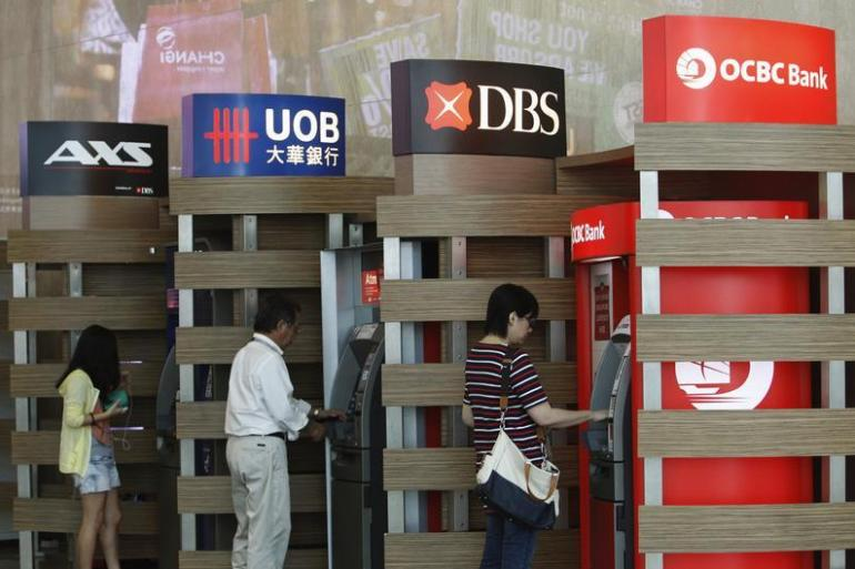 How and Where to Open a Bank Account for Your Maid in Singapore