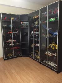 Lego display cabinet - Hiperbock