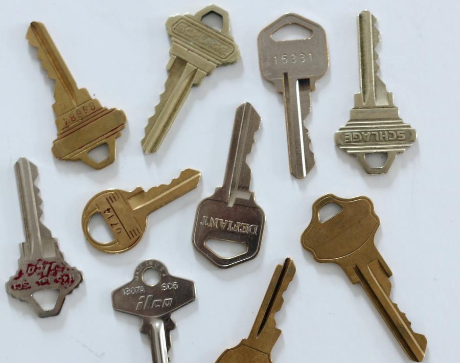 How Do I Organize All My New House Keys