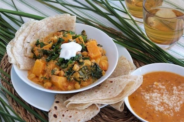 VEG CURRY IN A ROTI, hirsch's, hirsch's homestore, heritage cooking, south africa. south african cooking, indian food, durban, durban food