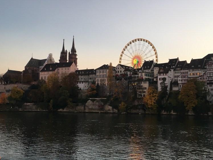 Blick auf das Riesenrad der Basler Herbstmesse