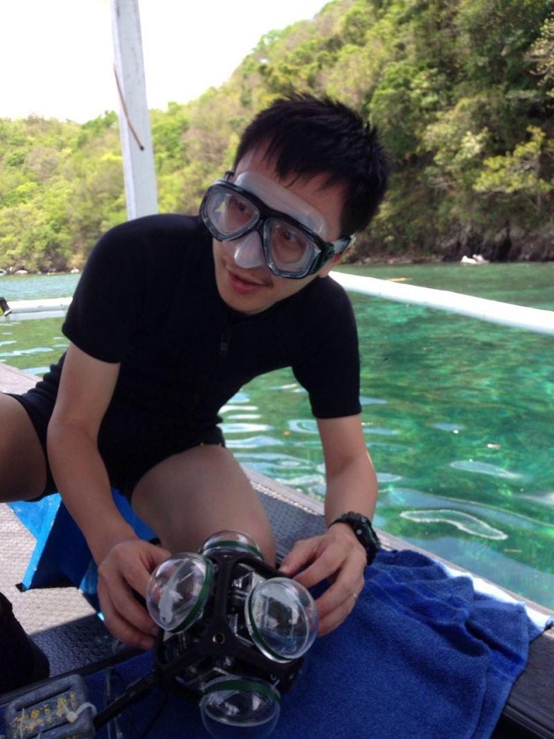 4 underwater.jpg