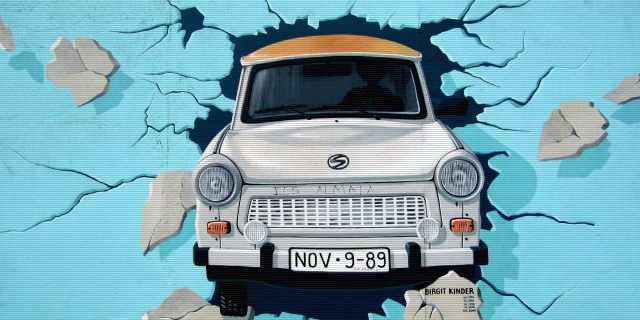Original mural by Birgit Kinder, photo via pexels.com