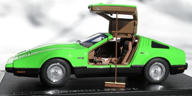 Automodello Bricklin SV1