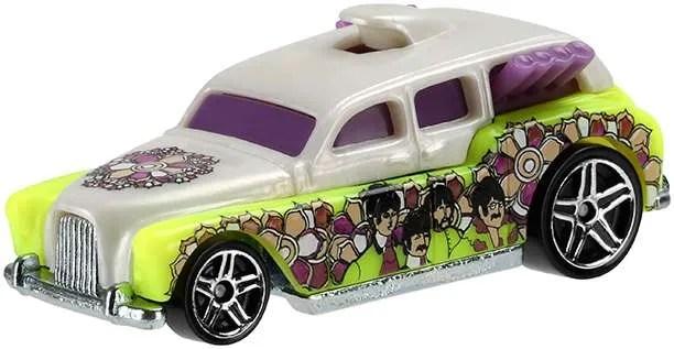 Hot Wheels Beatles Yellow Submarine Cockney Cab ii