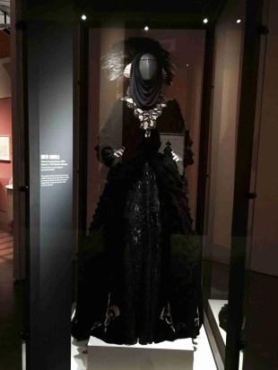 Amidala escape costume