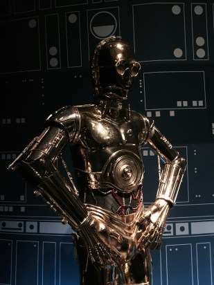 C3PO bot close