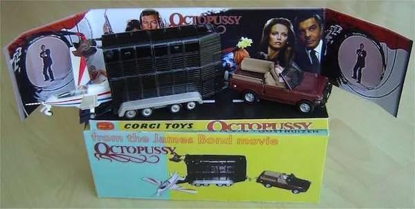 corgi octopussy set
