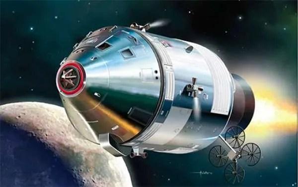apollo 11 capsule model