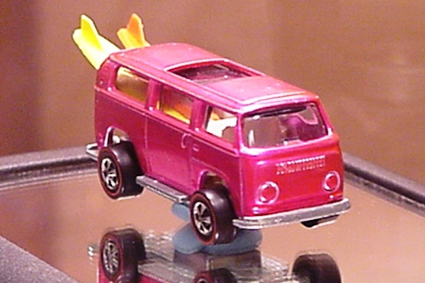 pink hot wheels beach bomb