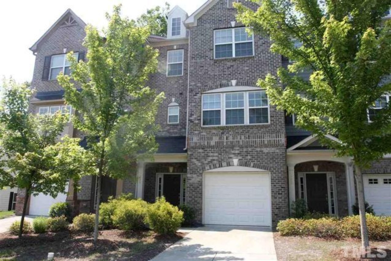 front of 226 presenteer trl apex townhome for sale