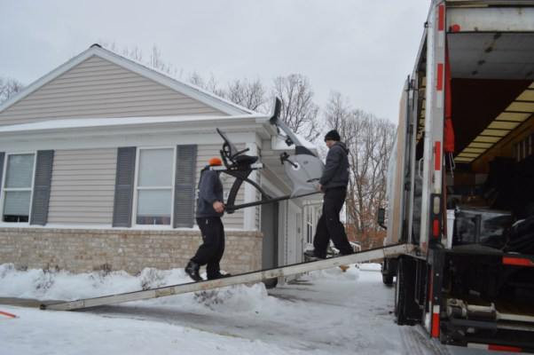 movers moving in snow