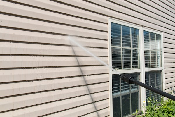 power washing home