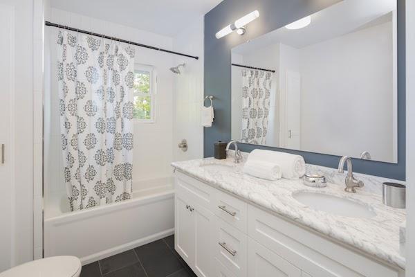 shower curtain clean bathroom