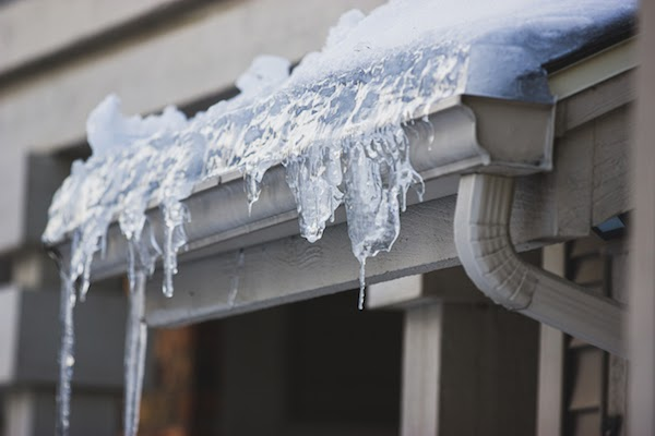 gutters with icicles