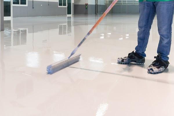 pro installing epoxy flooring
