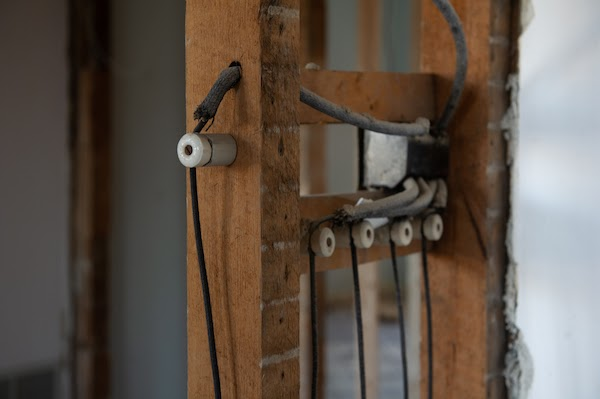 close up of knob and tube wiring