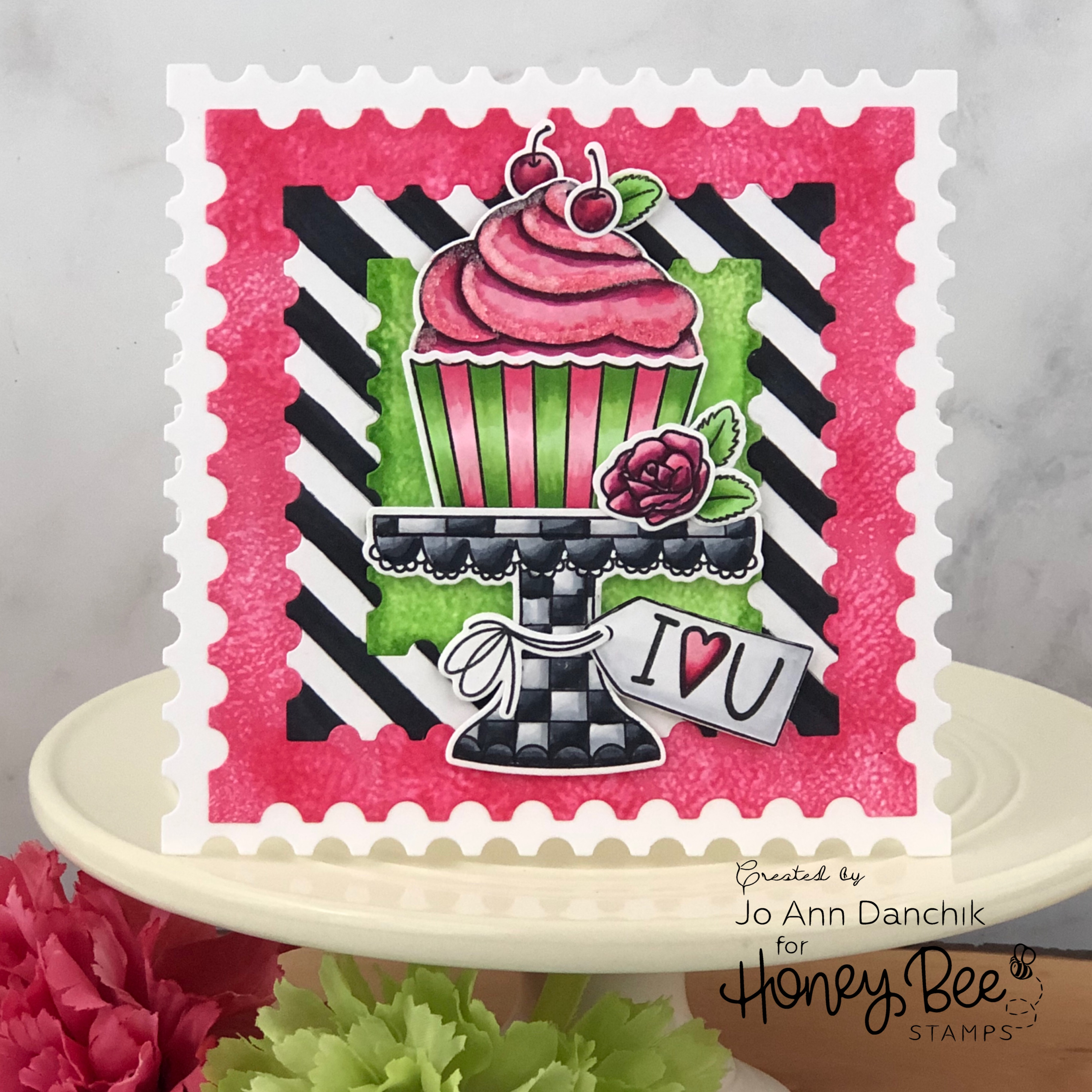 Creative Sundays With Jo Ann: Cupcake Love