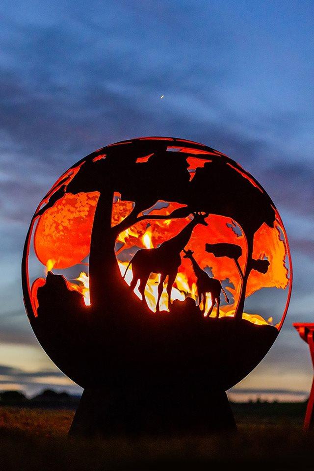 La Hacienda Dragon Fire Globe