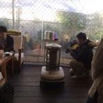 新しいチームワーク   安藤美冬さん×ルートートのコラボバック撮影会で、カバンの中身について考えたこと