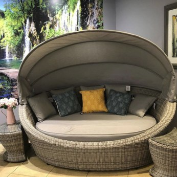 Maze Rattan Sorrento Garden Daybed with Side Tables
