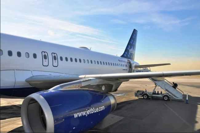 JetBlue airplane on the tarmac