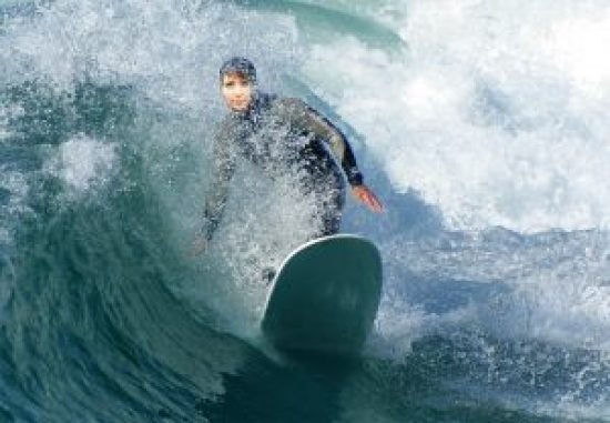 Hungry For Hits surfing