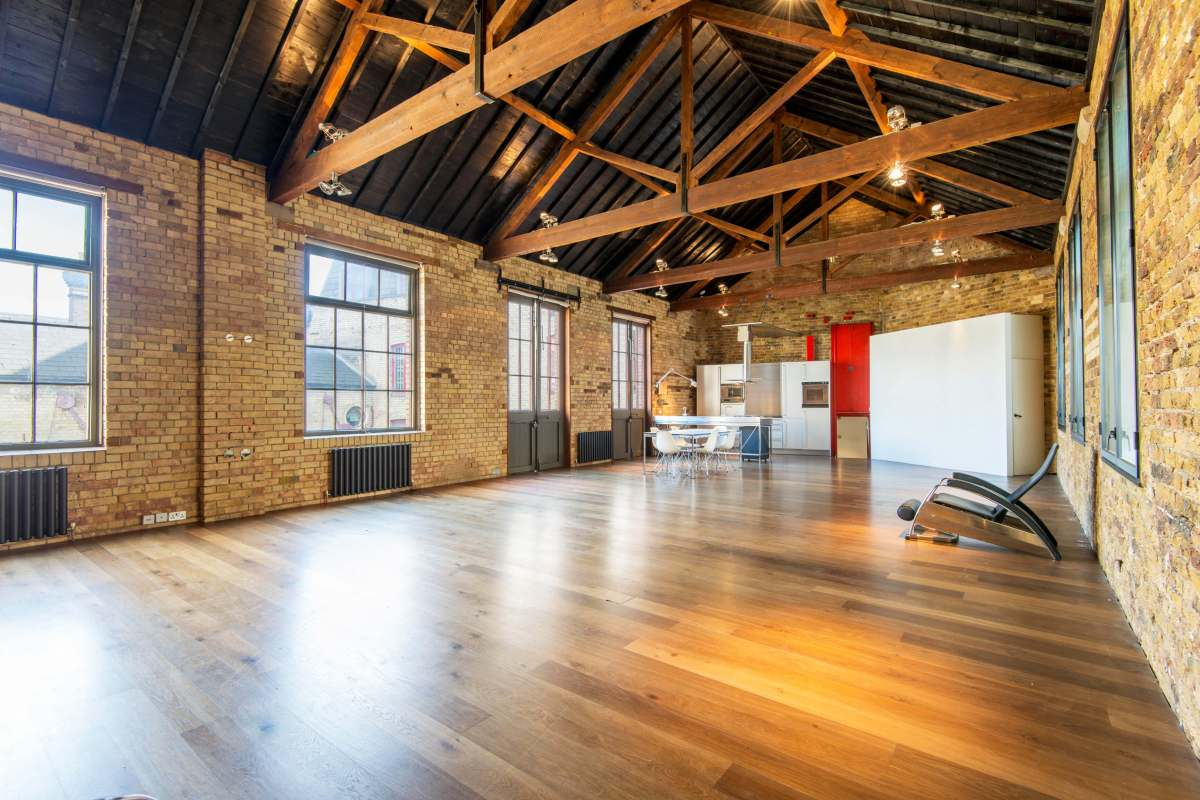 1 Bedroom Apartment in Smokehouse Yard Clerkenwell, EC1